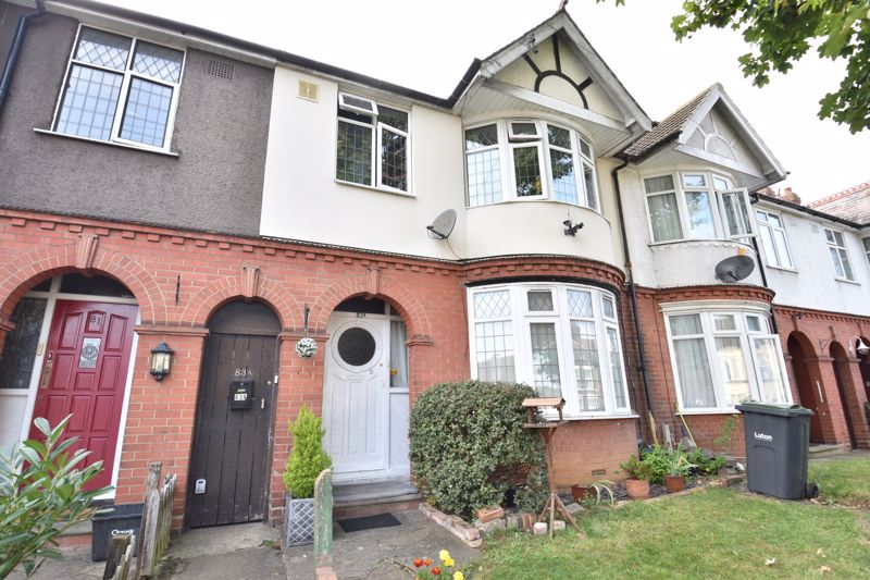 1 bedroom Maisonette to buy in Old Bedford Road, Luton - Photo 1