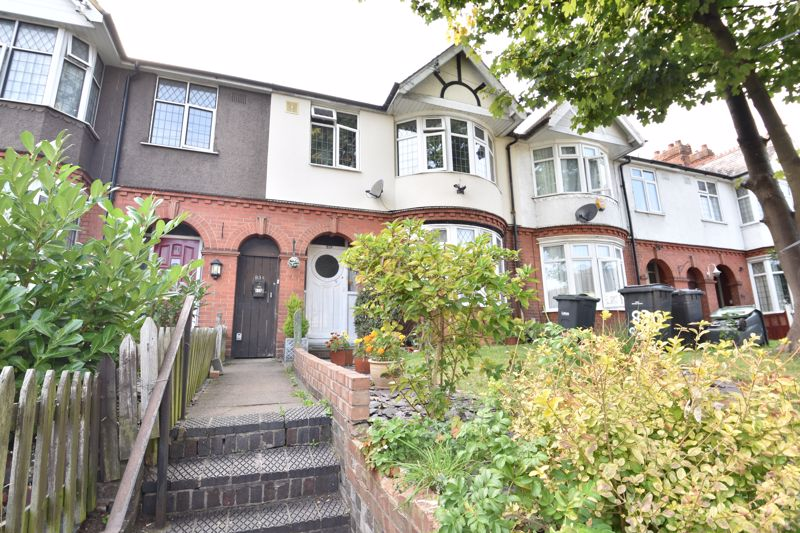 1 bedroom Maisonette to buy in Old Bedford Road, Luton - Photo 2