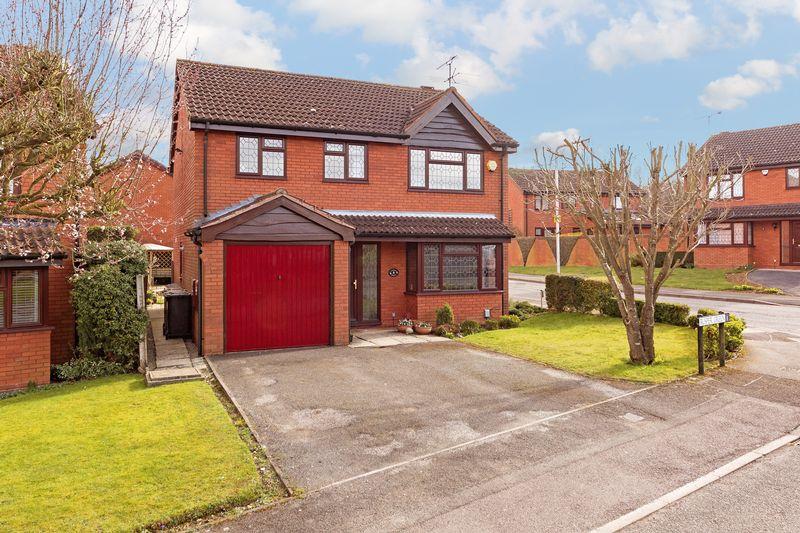 4 bedroom Detached  to buy in Rusper Green, Luton