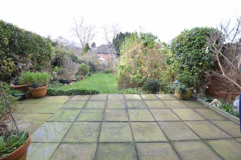 4 bedroom Semi-Detached  to buy in Wardown Crescent, Luton - Photo 1