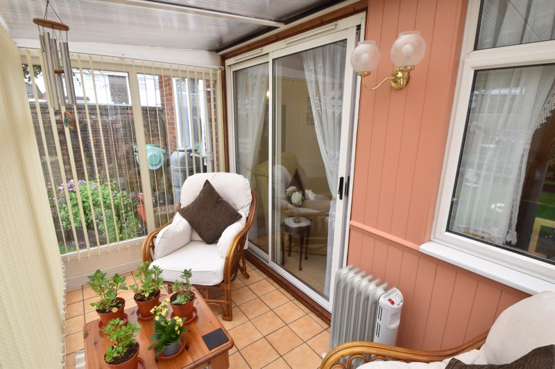 3 bedroom End Terrace to buy in Telscombe Way, Luton - Photo 14