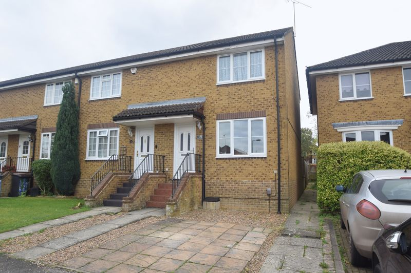 2 bedroom End Terrace to buy in Whitwell Close, Luton
