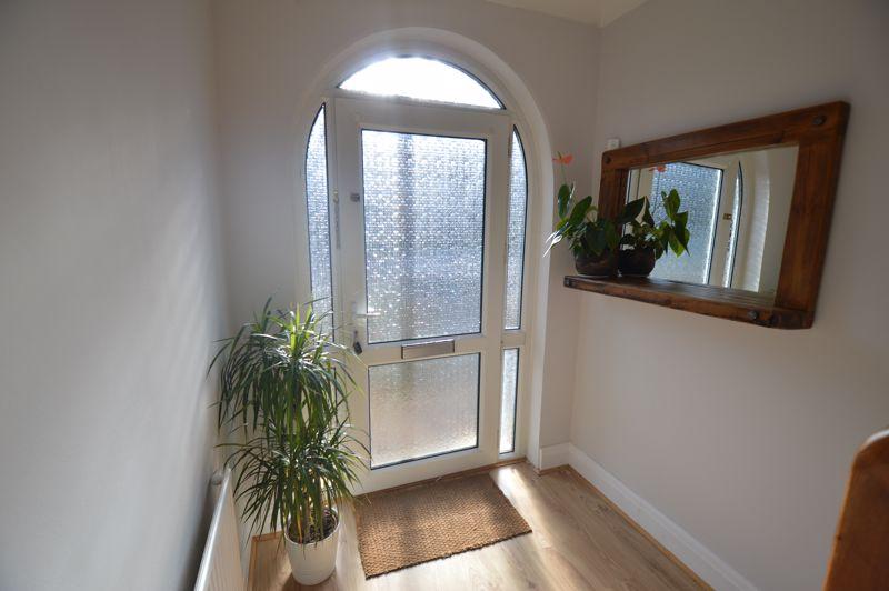 3 bedroom Semi-Detached  to buy in Cowper Street, Luton - Photo 22