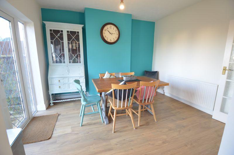 3 bedroom Semi-Detached  to buy in Cowper Street, Luton - Photo 26