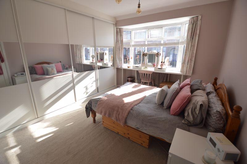 3 bedroom Semi-Detached  to buy in Cowper Street, Luton - Photo 27