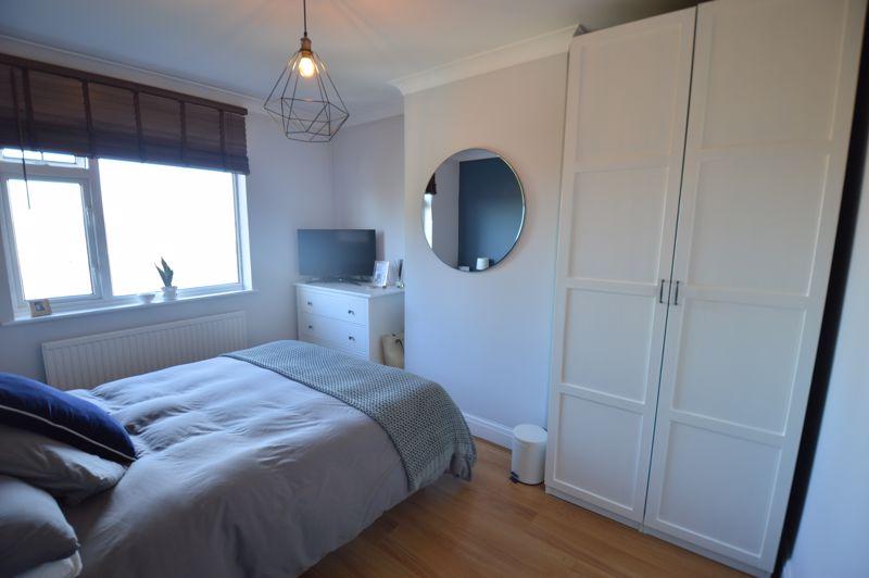 3 bedroom Semi-Detached  to buy in Cowper Street, Luton - Photo 10