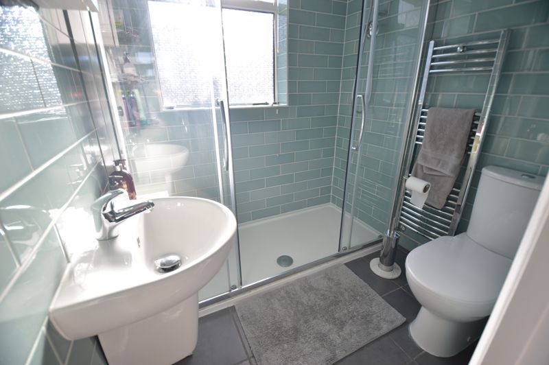 3 bedroom Semi-Detached  to buy in Cowper Street, Luton - Photo 12