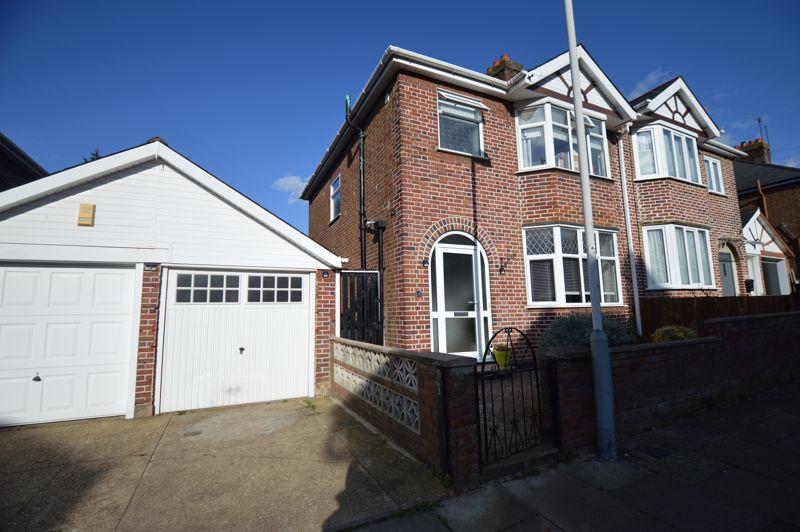 3 bedroom Semi-Detached  to buy in Cowper Street, Luton - Photo 16