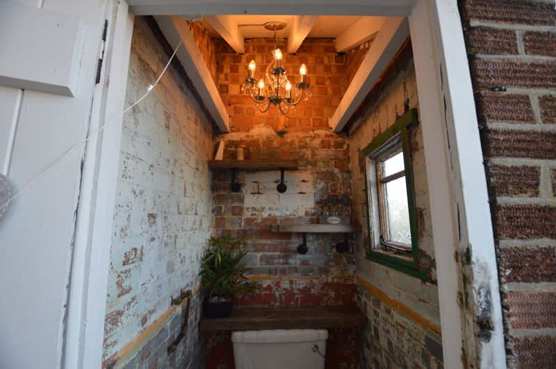 3 bedroom Semi-Detached  to buy in Cowper Street, Luton - Photo 17