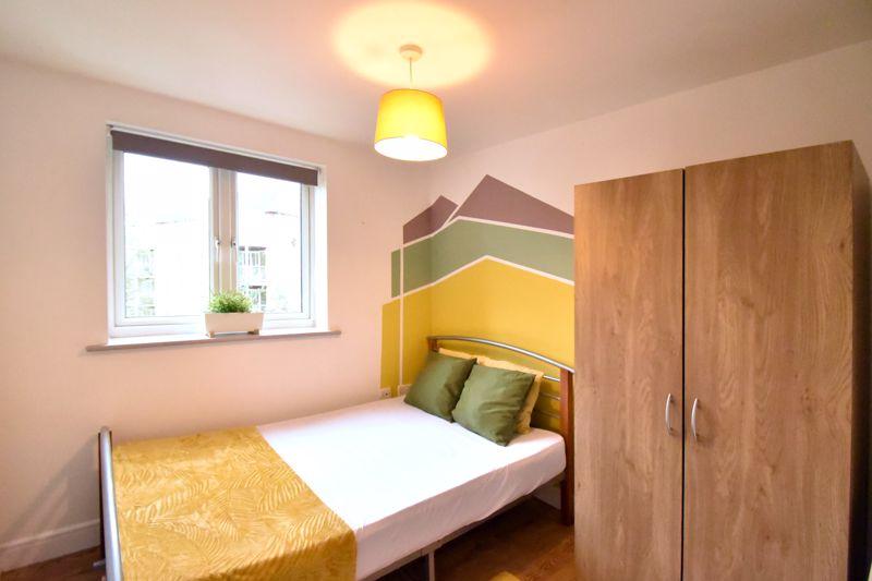 2 bedroom Flat to buy in Foxglove Way, Luton - Photo 10