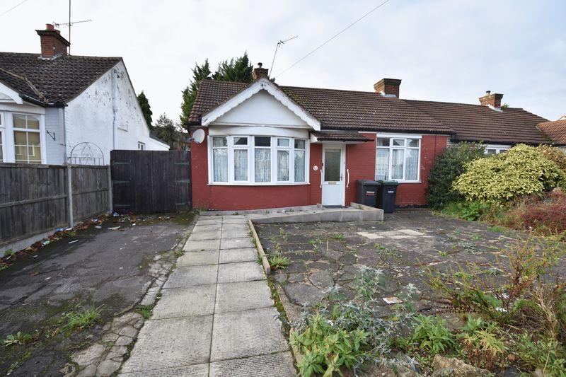 2 bedroom Semi-Detached  to buy in Bishopscote Road, Luton