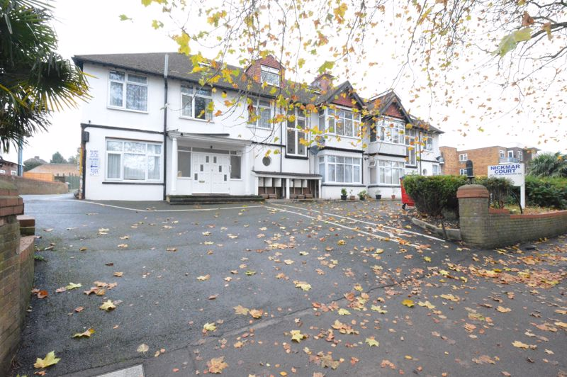 1 bedroom Maisonette to buy in New Bedford Road, Luton