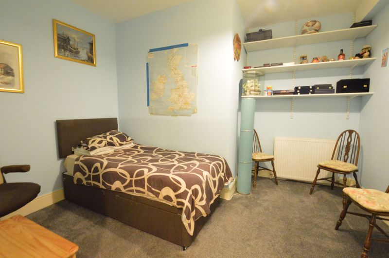 1 bedroom Maisonette to buy in New Bedford Road, Luton - Photo 6
