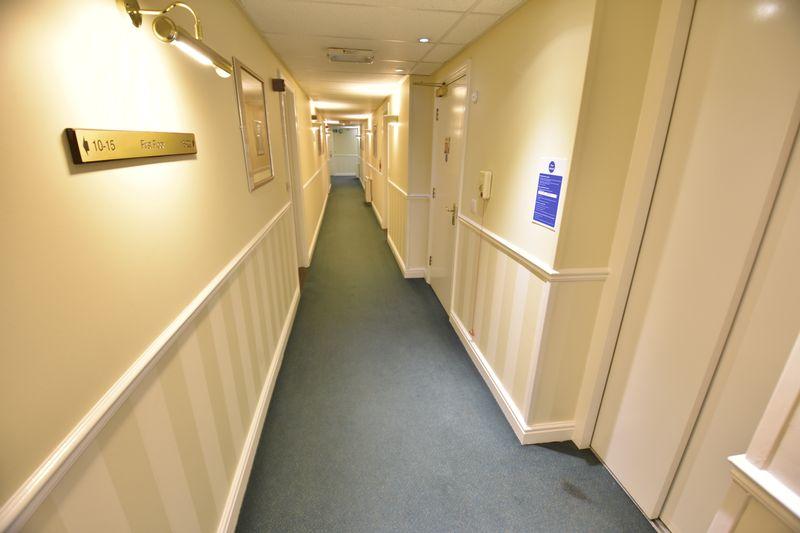 2 bedroom Retirement to buy in Lucas Gardens, Luton - Photo 13