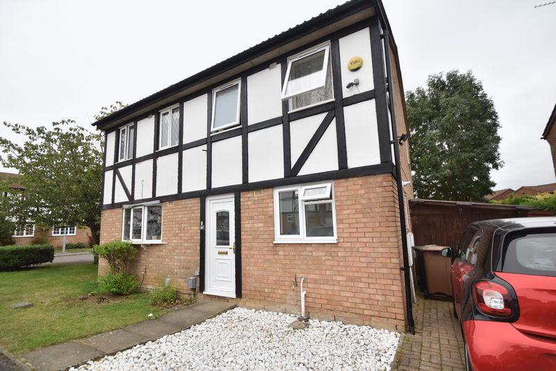 2 bedroom Semi-Detached  to rent in Beanley Close, Luton