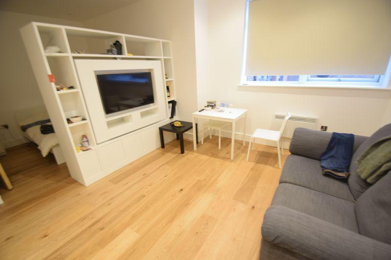 1 bedroom Flat to rent in Park Street West, Luton - Photo 11