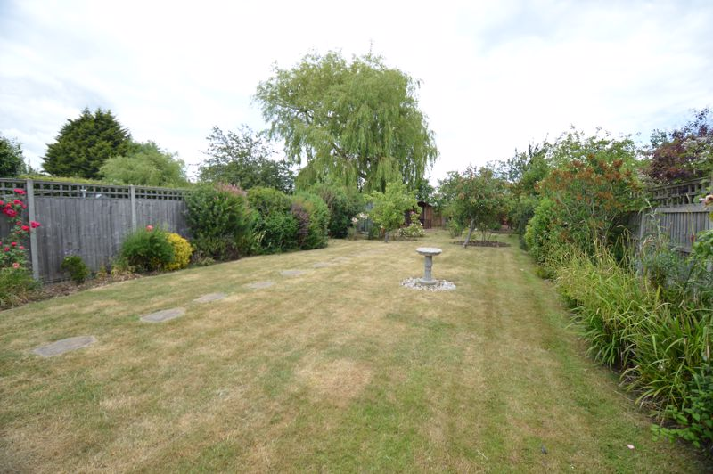 3 bedroom Bungalow to buy in Ashcroft Road, Luton - Photo 15