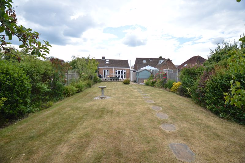 3 bedroom Bungalow to buy in Ashcroft Road, Luton - Photo 17