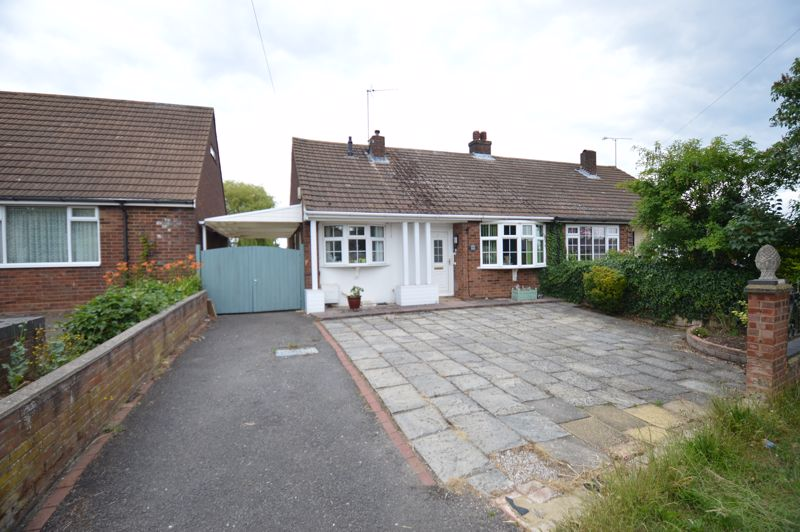3 bedroom Bungalow to buy in Ashcroft Road, Luton - Photo 1
