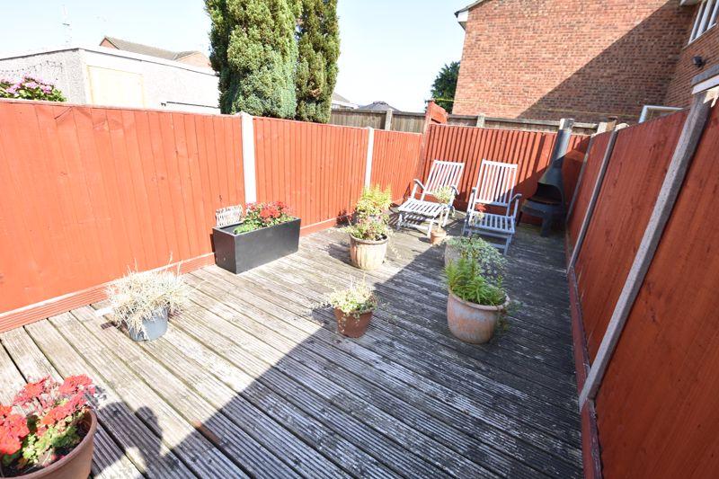 3 bedroom  to buy in Heath Close, Luton - Photo 5