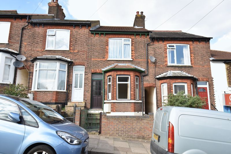 2 bedroom Mid Terrace to buy in Richmond Hill, Luton