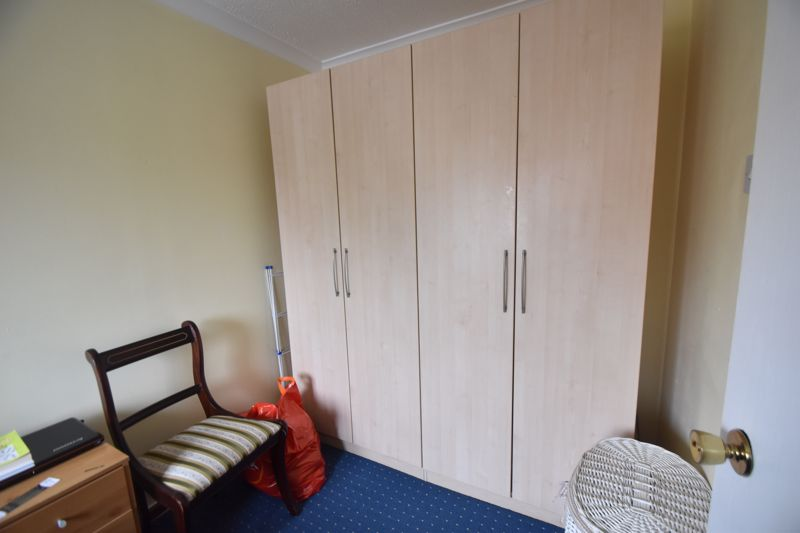 2 bedroom  to rent in Ennismore Green, Luton - Photo 6