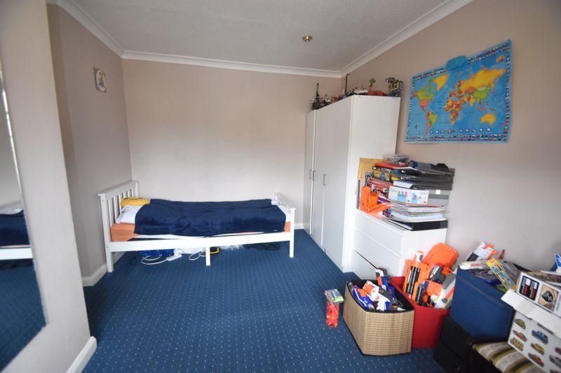2 bedroom  to rent in Ennismore Green, Luton - Photo 11