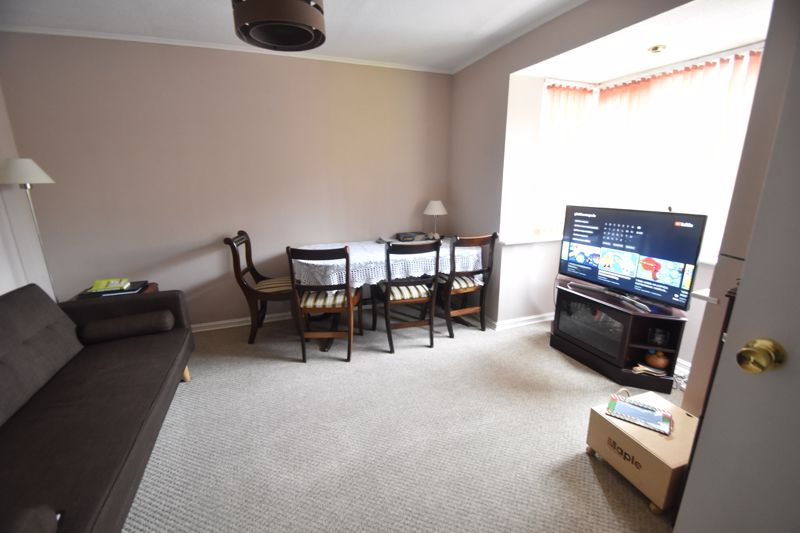 2 bedroom  to rent in Ennismore Green, Luton - Photo 14