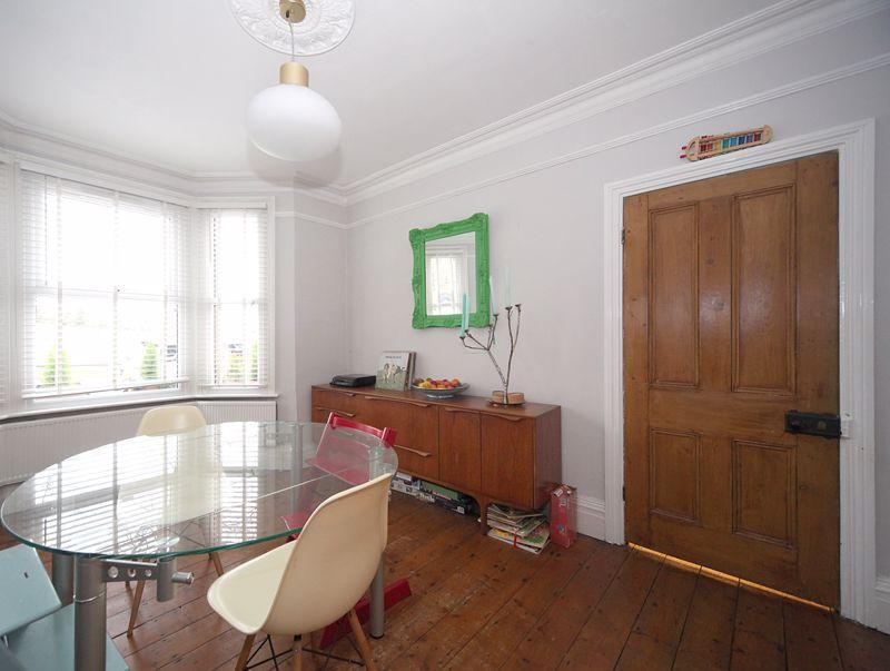 3 bedroom Semi-Detached  to rent in Havelock Road, Luton - Photo 10
