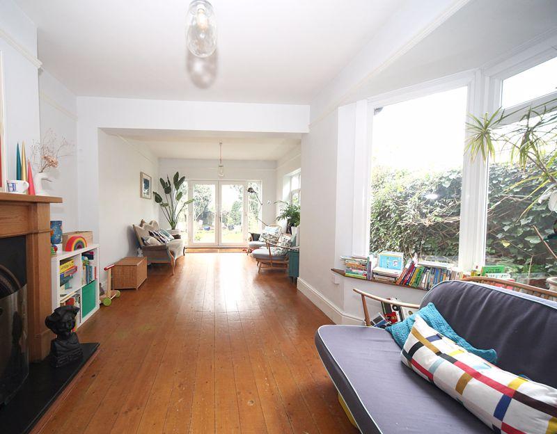 3 bedroom Semi-Detached  to rent in Havelock Road, Luton - Photo 15