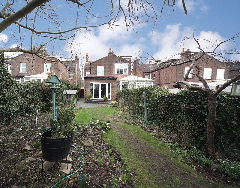 3 bedroom Semi-Detached  to rent in Havelock Road, Luton - Photo 19