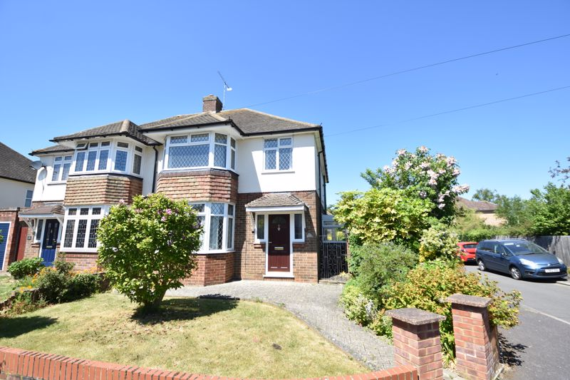 3 bedroom  to buy in Greenways, Luton