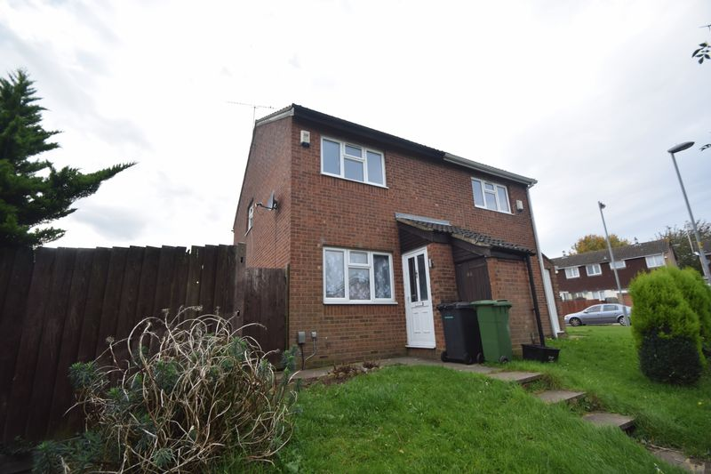 2 bedroom Semi-Detached  to rent in Repton Close, Luton