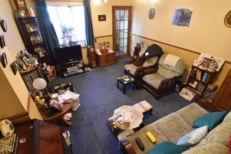2 bedroom Mid Terrace to buy in Spurcroft, Luton - Photo 9