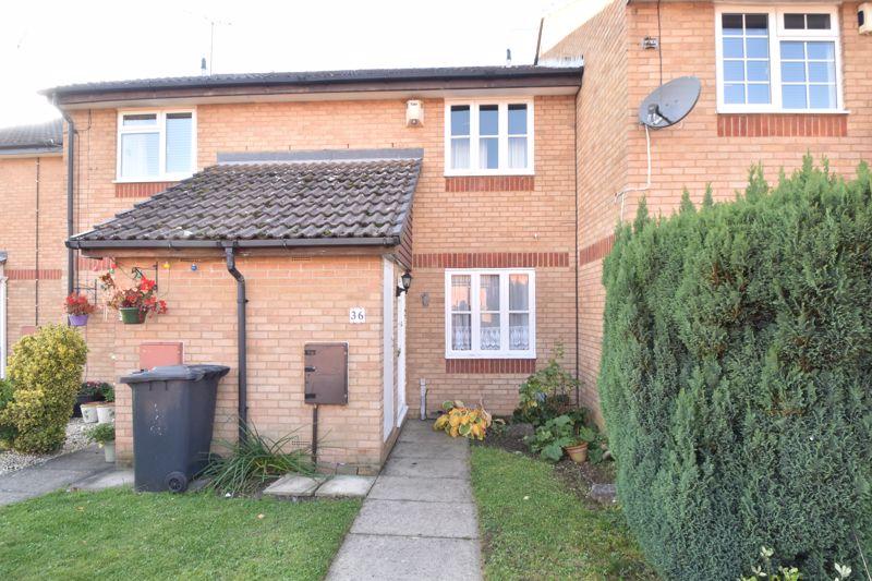 2 bedroom Mid Terrace to buy in Spurcroft, Luton