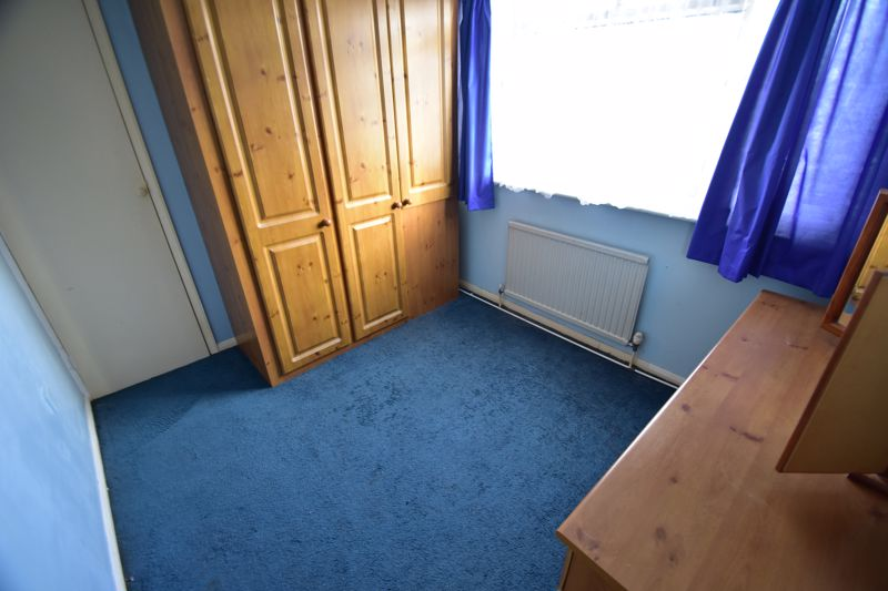 3 bedroom Bungalow to buy in Macaulay Road, Luton - Photo 10