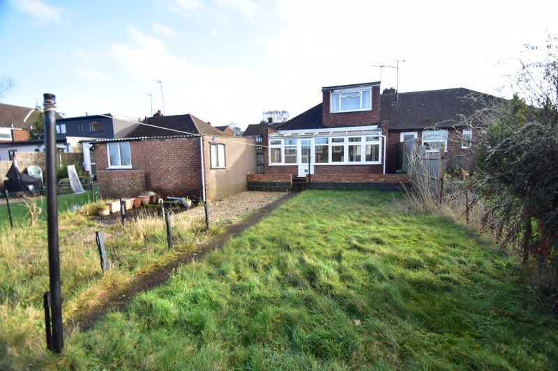3 bedroom Bungalow to buy in Macaulay Road, Luton - Photo 12