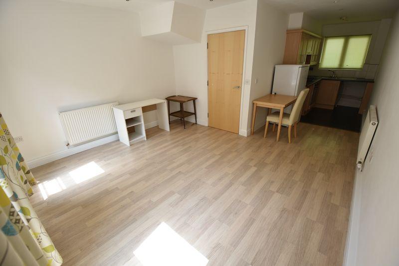2 bedroom Flat to rent in John Street, Luton - Photo 3