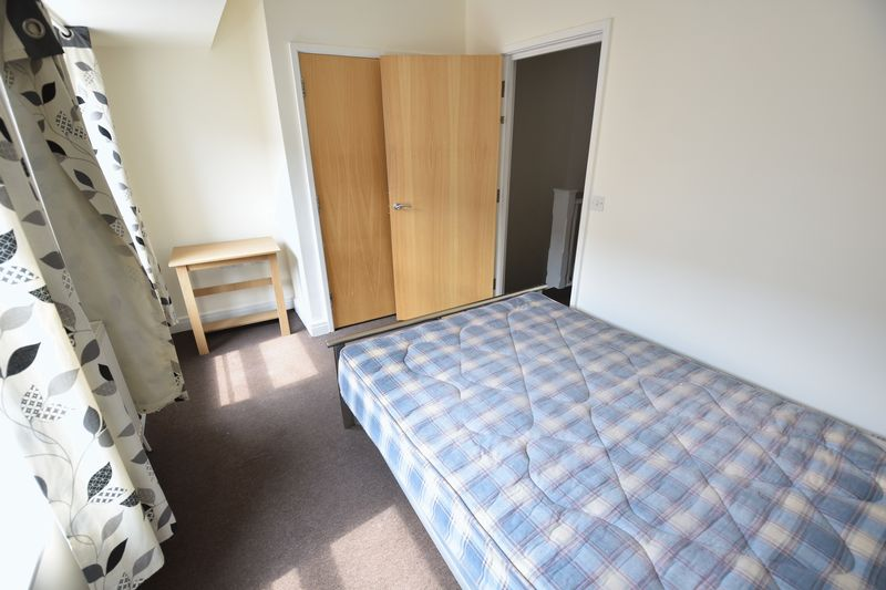 2 bedroom Flat to rent in John Street, Luton - Photo 6