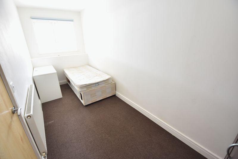 2 bedroom Flat to rent in John Street, Luton - Photo 7