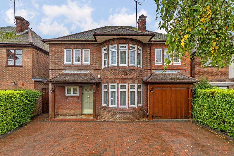 5 bedroom Detached  to buy in Old Bedford Road, Luton