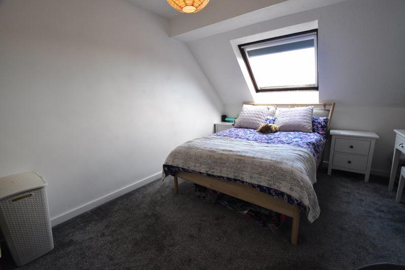 1 bedroom Mid Terrace to buy in Lucas Gardens, Luton - Photo 15