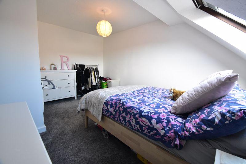 1 bedroom Mid Terrace to buy in Lucas Gardens, Luton - Photo 17