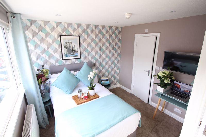 1 bedroom Apartment / Studio to rent in Chertsey Close, Luton - Photo 7