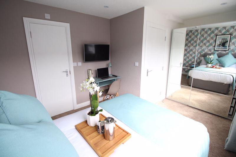 1 bedroom Apartment / Studio to rent in Chertsey Close, Luton - Photo 8