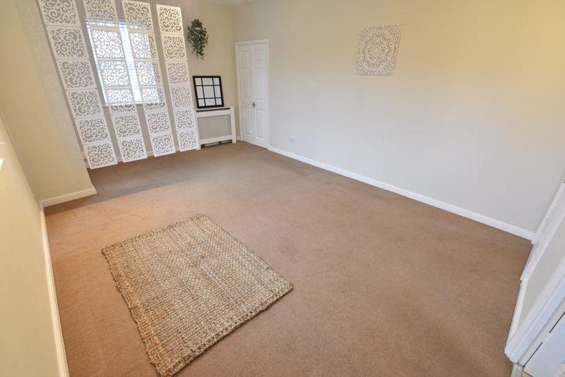 1 bedroom Apartment / Studio to buy in Skelton Close, Luton - Photo 7