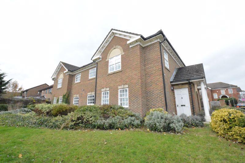 1 bedroom Apartment / Studio to buy in Skelton Close, Luton