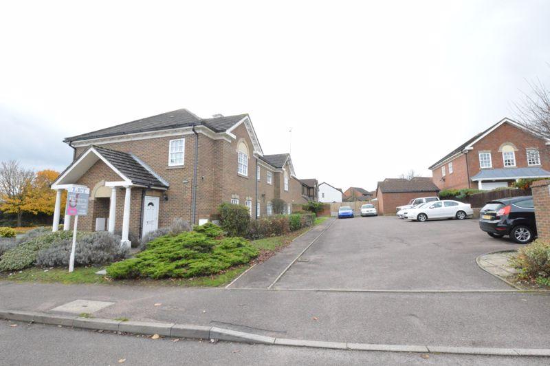 1 bedroom Apartment / Studio to buy in Skelton Close, Luton - Photo 13