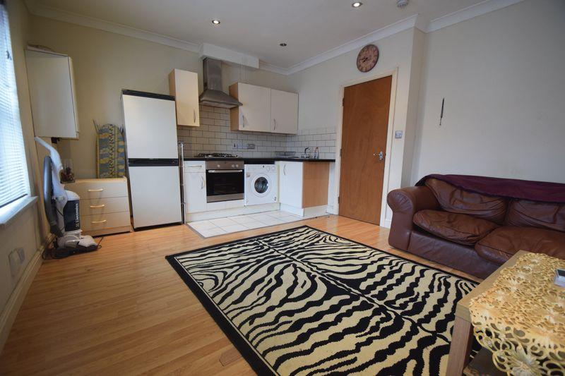 9 bedroom Detached  to buy in Princess Street, Luton - Photo 1