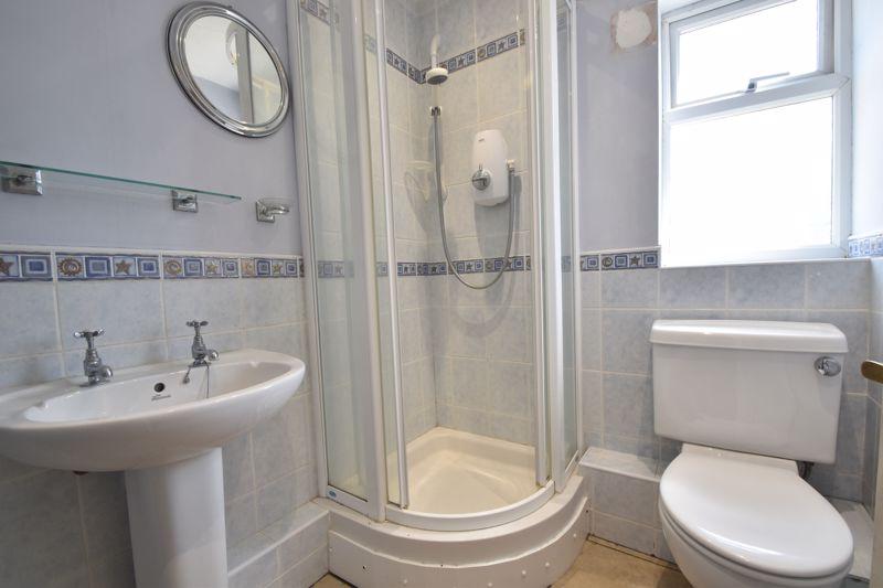 3 bedroom Mid Terrace to buy in Bedford Road, Dunstable - Photo 13